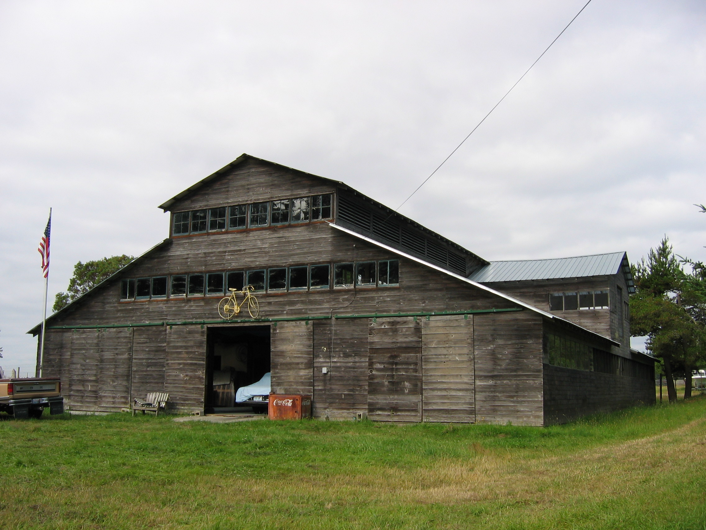 Western Monitor Historic Barns Of The San Juan Islands