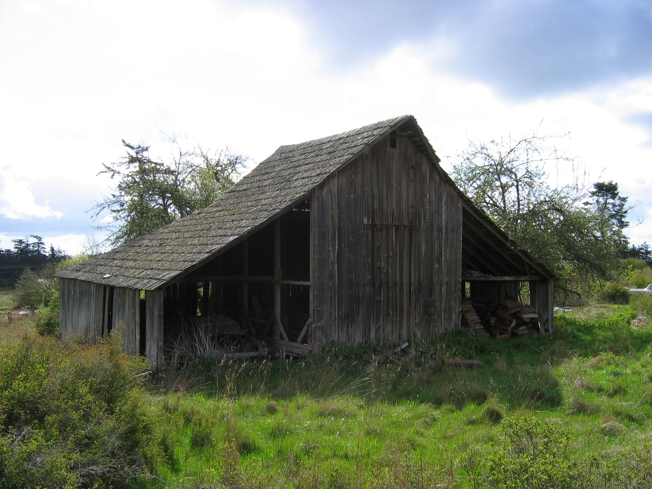 Gable On Hip Historic Barns Of The San Juan Islands