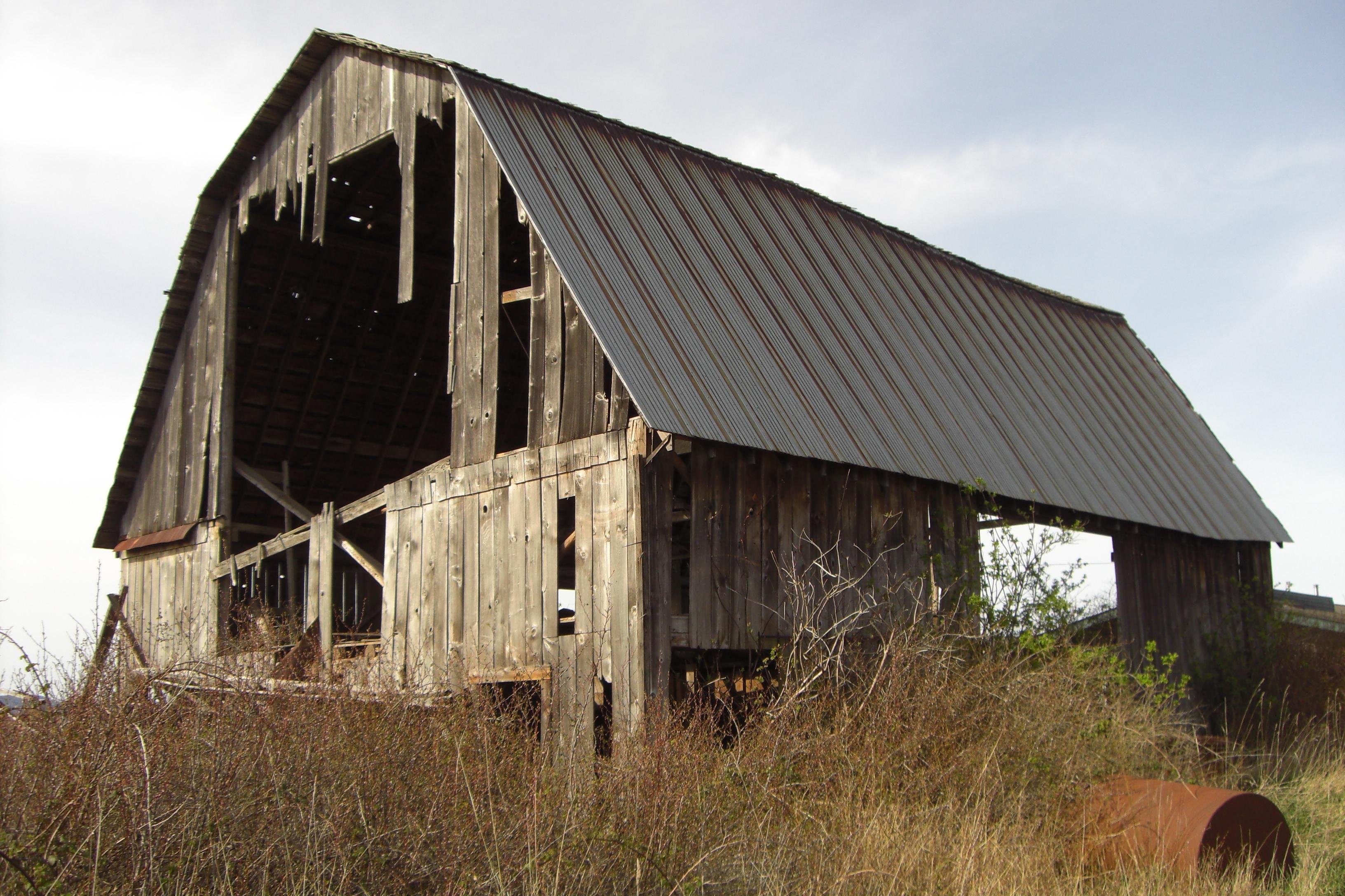 Gambrel historic barns of the san juan islands Dutch gambrel barn