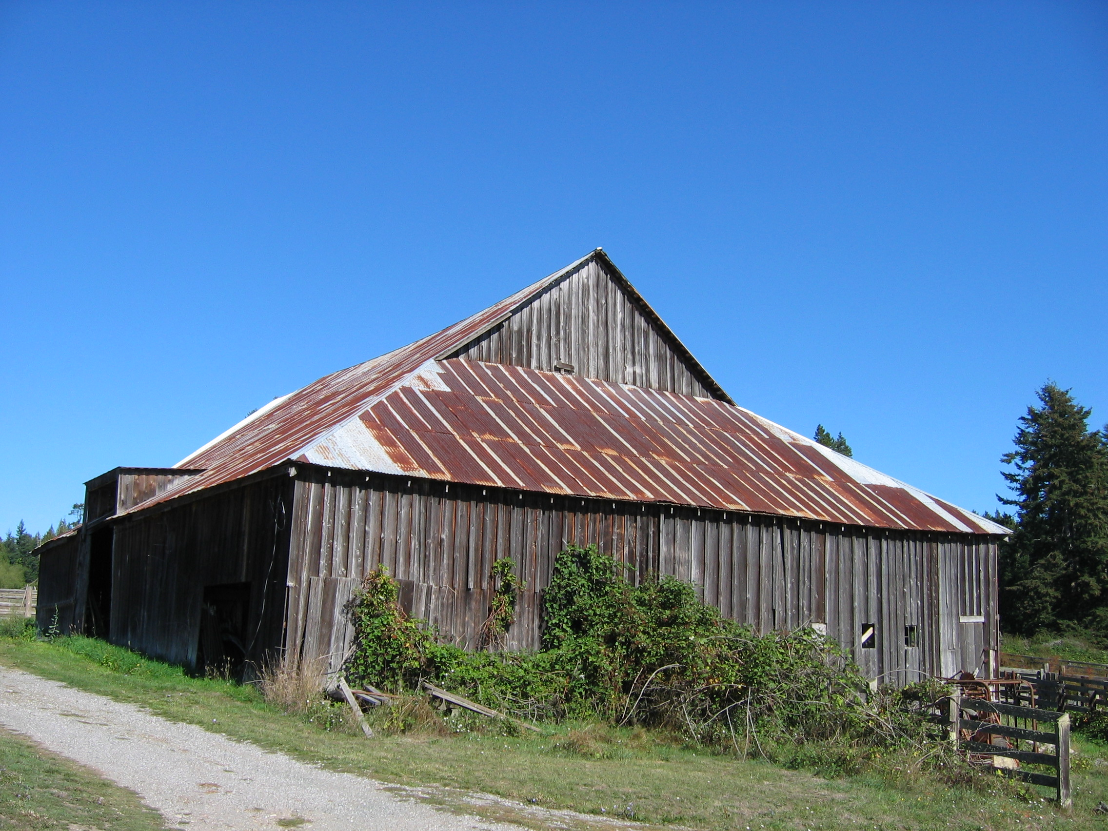gable on hip historic barns of the san juan islands rouleau dairy barn san juan island