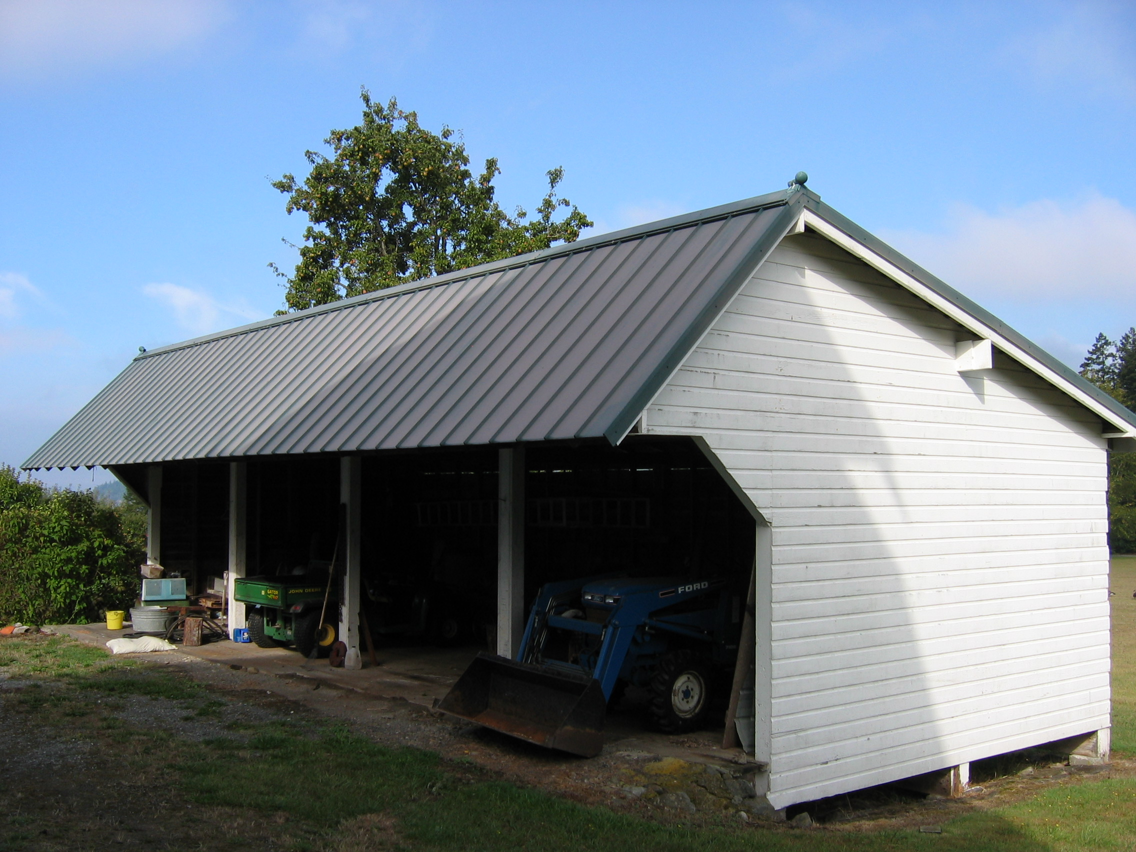 Machine sheds historic barns of the san juan islands for Equipment shed