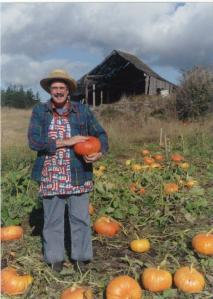Guard Sundstrom with pumpkins